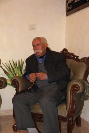 والد الأسير سامر ، السيد طارق العيساوي