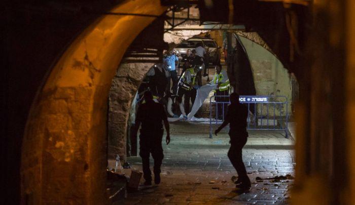 الصّورة لشارع الواد بعد لحظات من عملية الطعن - الصورة من هآرتس